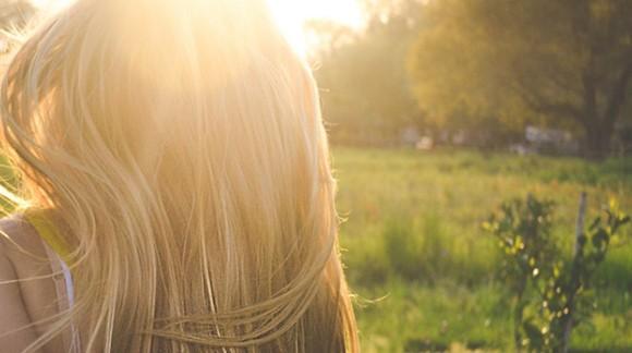 Capelli luminosi e splendenti: 5 prodotti miracolosi